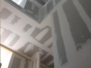 Cage d'escalier avec hauteur | Plâtrerie sèche